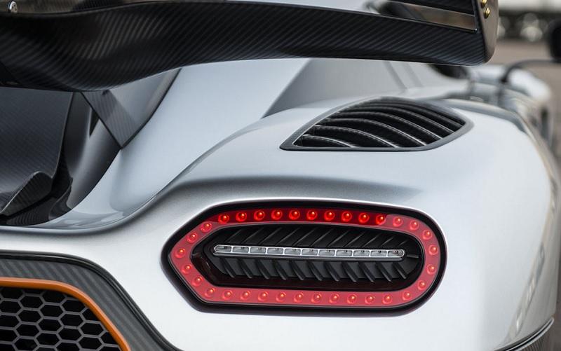Koenigsegg Agera One 1 7 El Blog De Endado